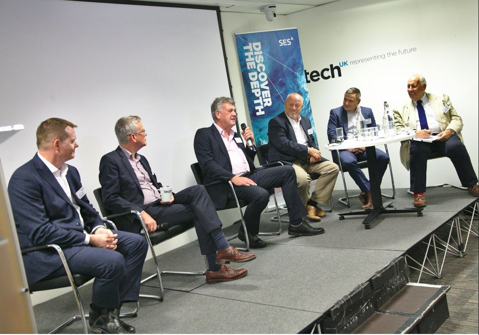 Panel The 4K Technologists