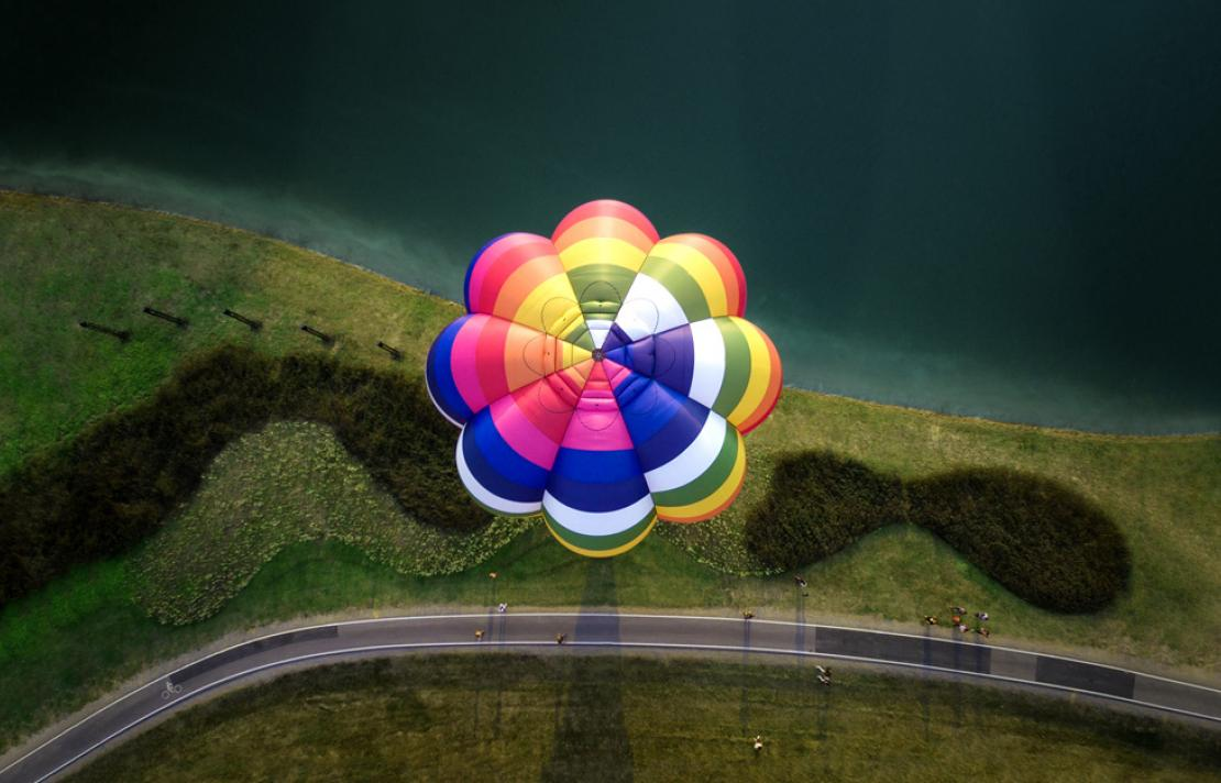 Aeiral image of air balloon